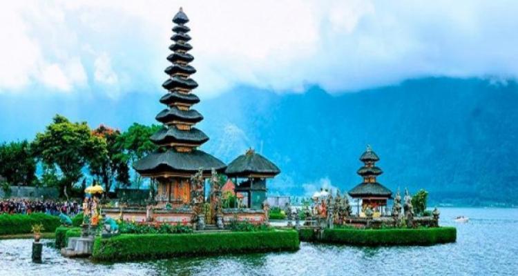 Pulau Bali dengan Segudang Acara Akhir Tahun